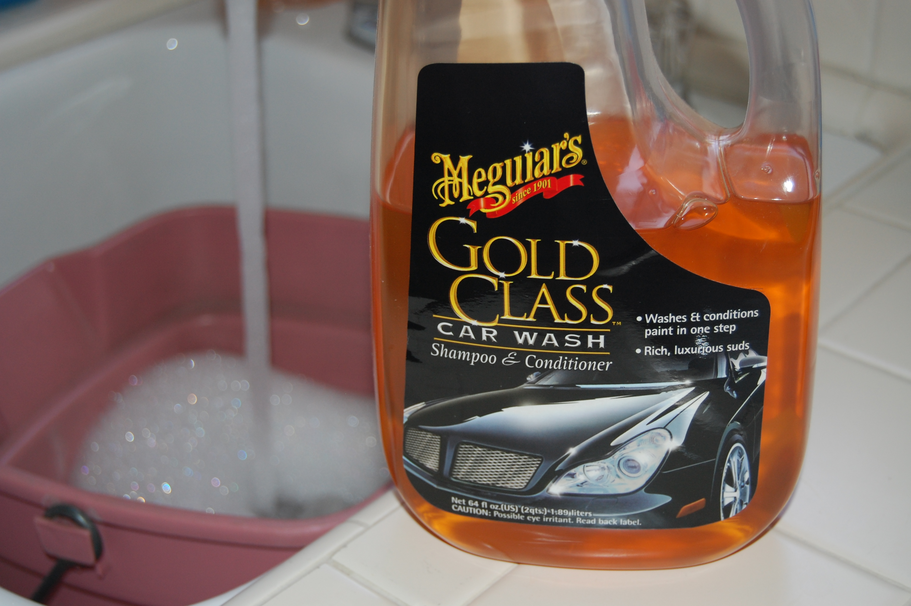 Meguiars_wash brand doesn't matter, just don't use detergent